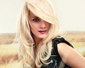 Почему летом выпадают волосы больше