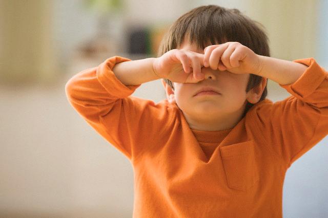Болезни, при которых происходит отек века у ребенка